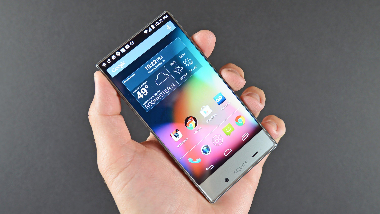 Sharp готовит смартфон среднего уровня с дисплеем Full Screen