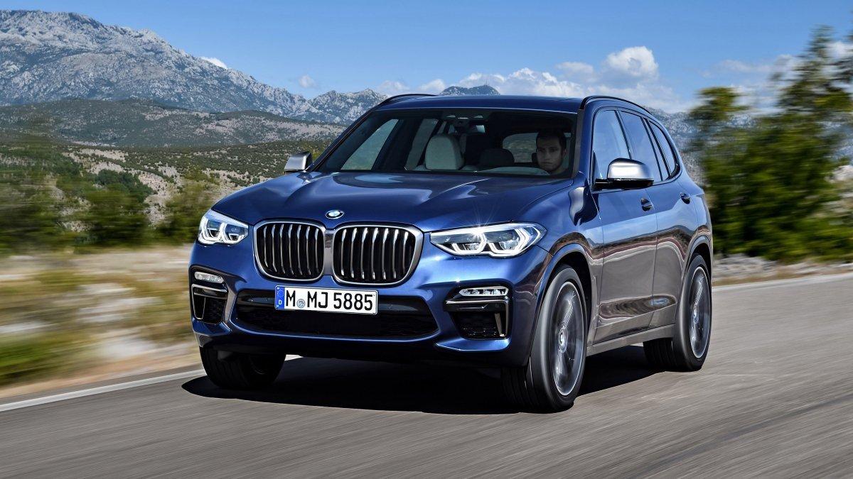 Новый кроссовер BMW X5 покажут в 2018 году