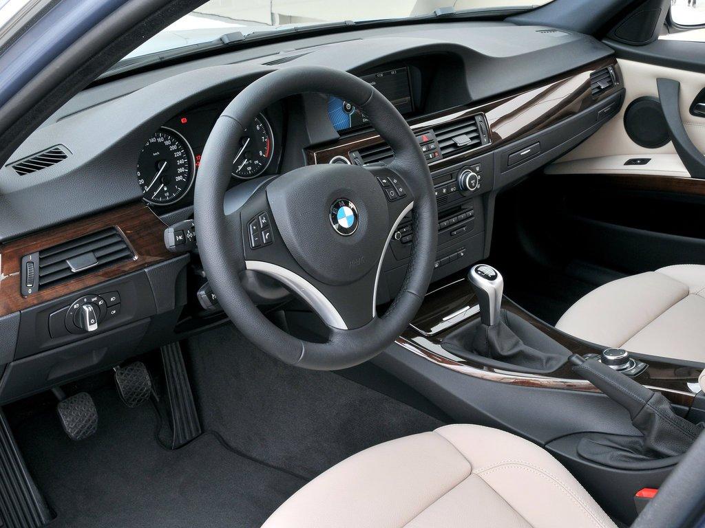 В Великобритании объявлена кампания отзыва почти 400 тысяч авто BMW