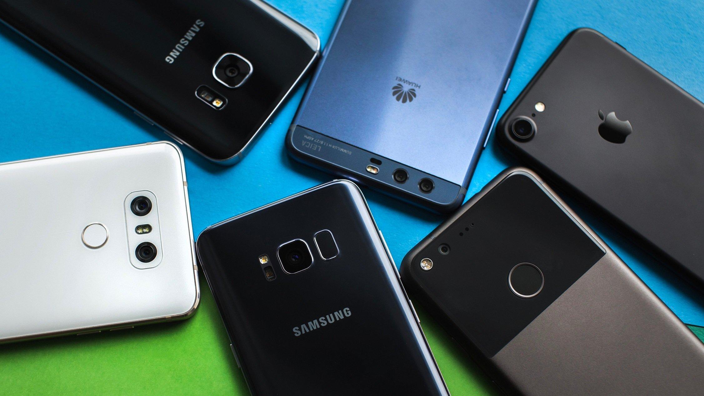 Назван топ-5 телефонов случшими камерами