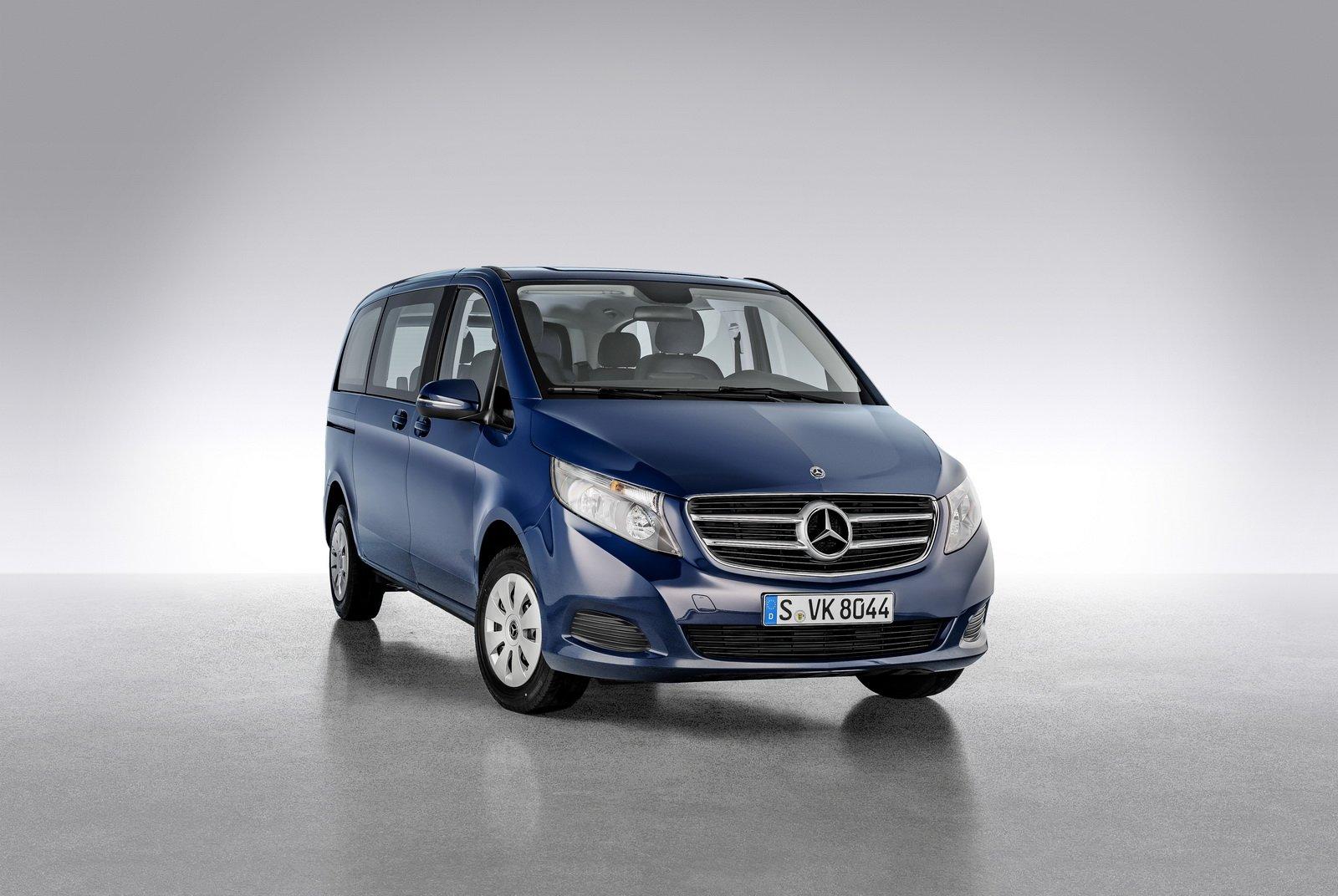 В Россию привезли спецверсию минивэна Mercedes-Benz V-Class Night Edition