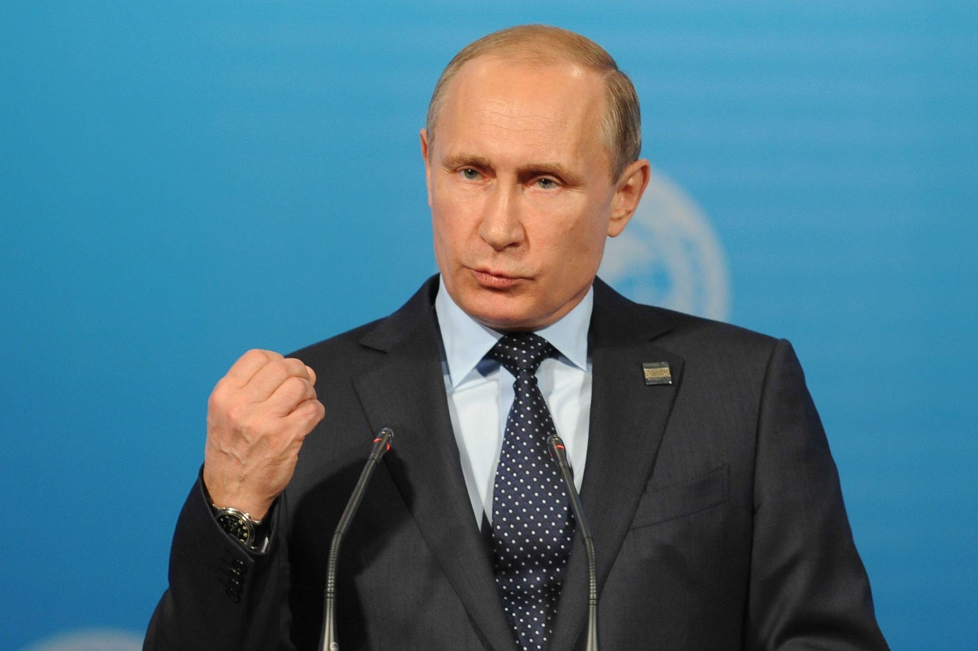 Путин иЛагард обсудят санкции наПетербургском пленуме