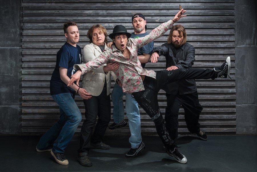 Фронтмен группы «Ногу свело» пригласил екатеринбуржцев набесплатный концерт