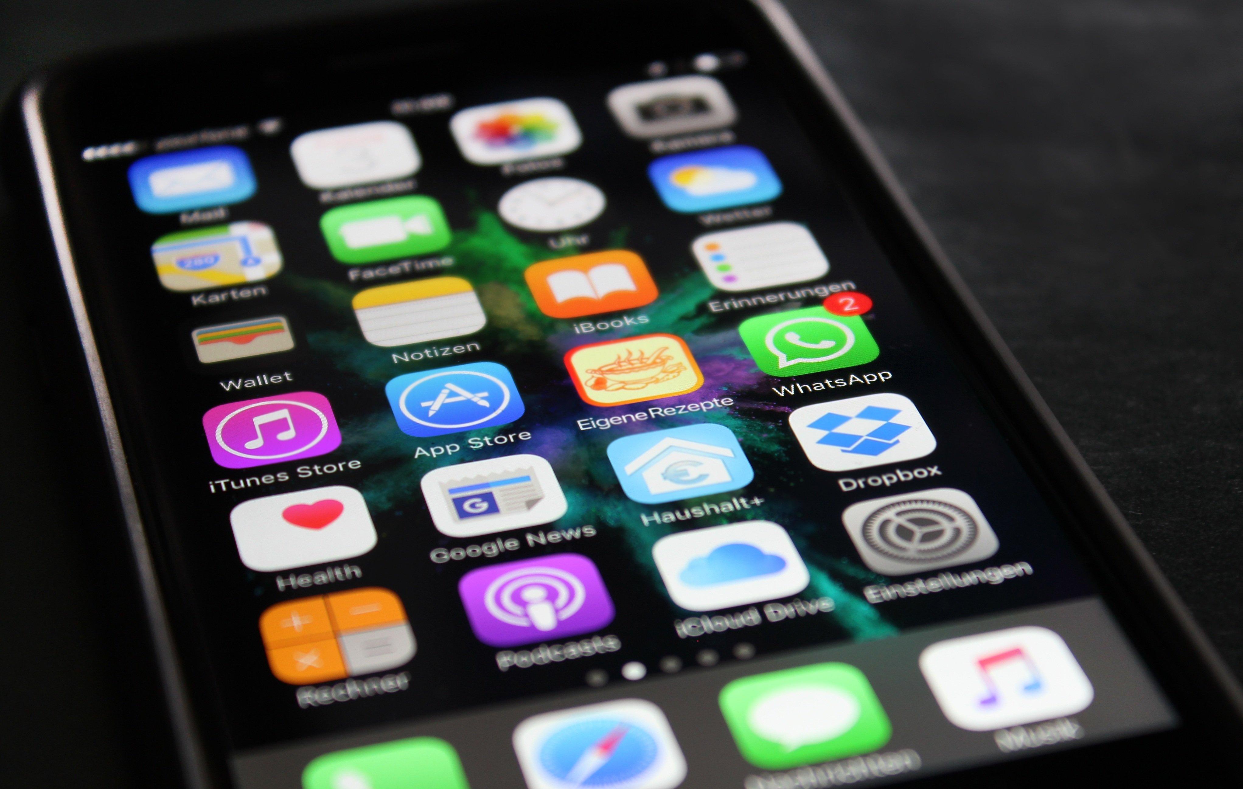 Apple запретила компьютерные игры для iPhone