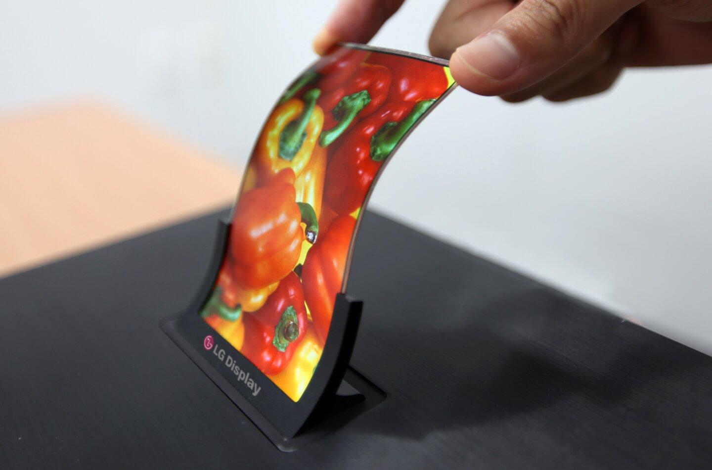«Бюджетного iPhone не будет»: Apple выпустит 3 смартфона с OLED-дисплеями от LG