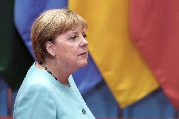 Меркель: Евросоюз будет добиваться отмены пошлин на металлы от США