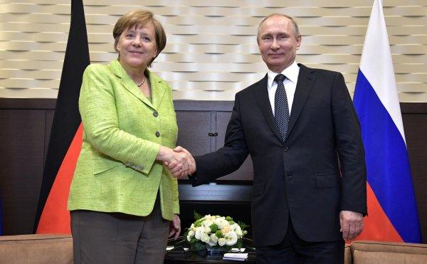 Кабмин ФРГ подтвердил встречу Ангелы Меркель с Владимиром Путиным в Сочи
