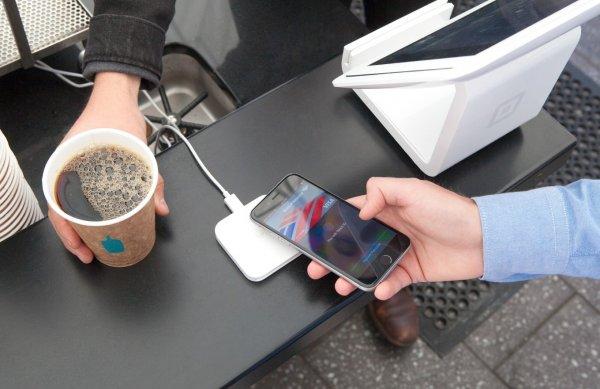 ПриватБанк первым запустил Apple Pay в Украине
