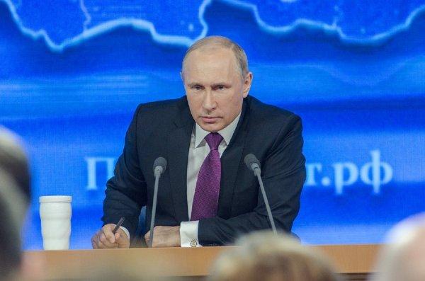 Путин просит разумно использовать выделенные Минобороны деньги