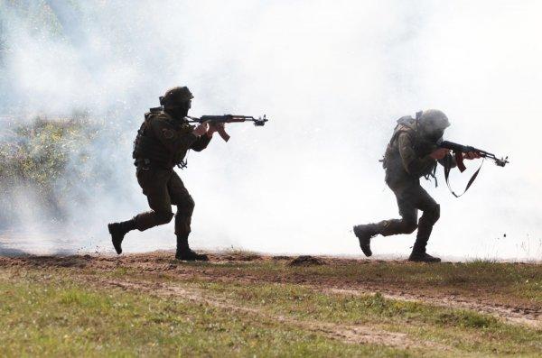 Украина наступает на Донбасс: Убиты 10 боевиков, 2 мирных жителя, 3 ополченца взяты в плен