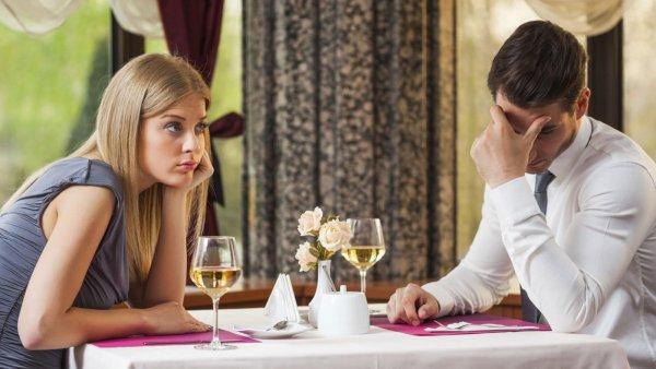 Известный блогер назвала три женские ошибки на свидании