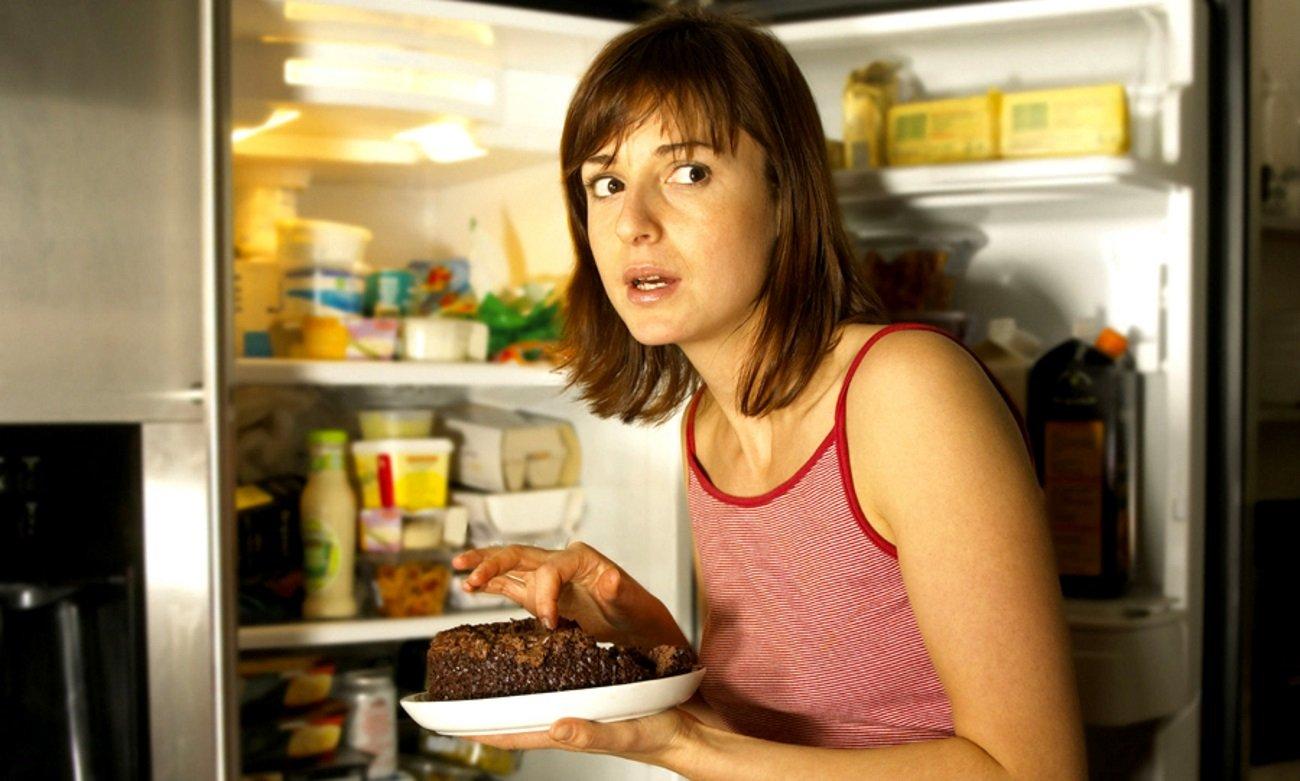 Толстые на кухне, Толстушки на кухне - видео top Her Flesh HD 1 фотография