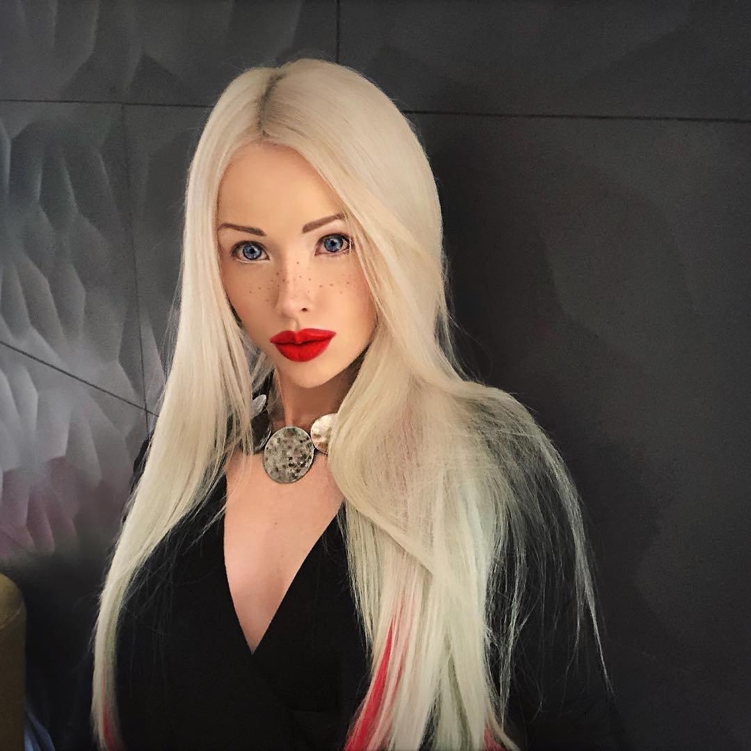 valeria lukyanova instagram - 600×600