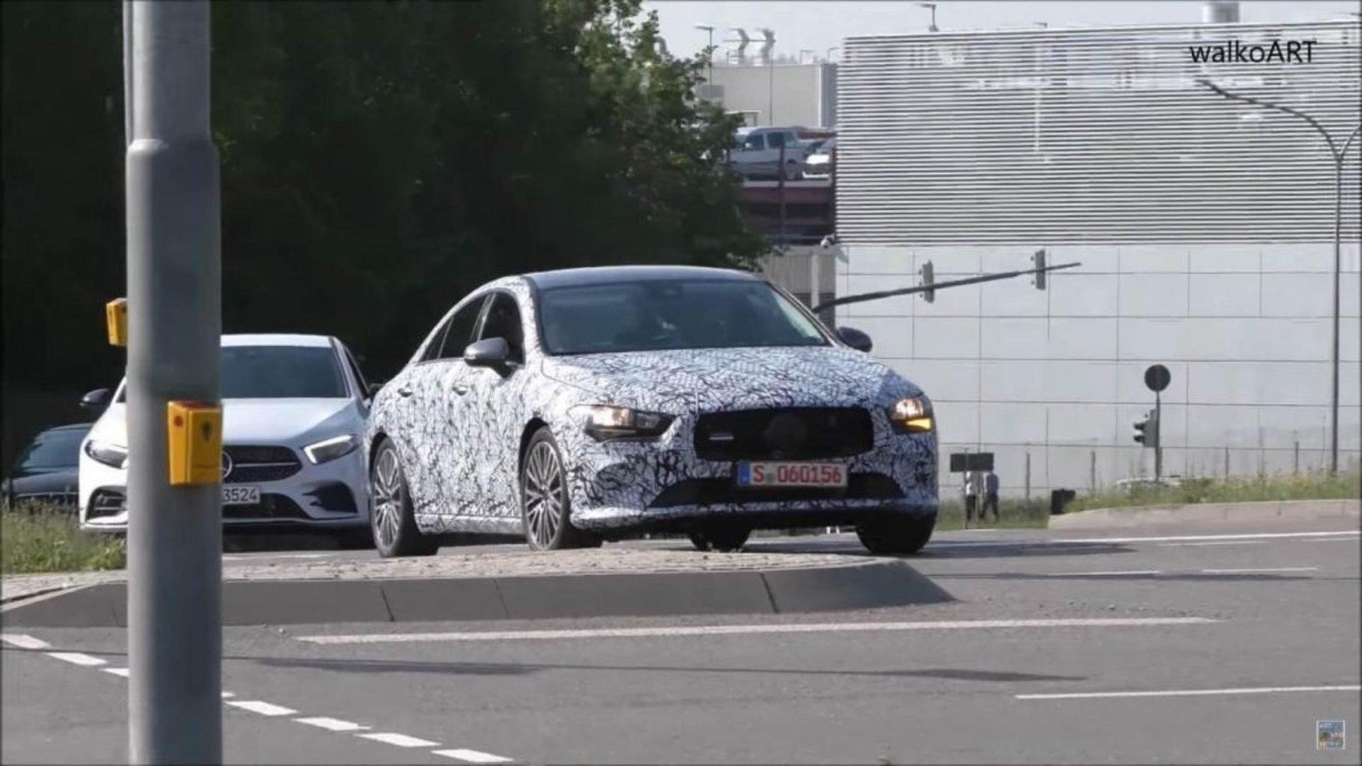 Новое купе Мерседес Бенс  CLA покажут в последующем 2019г