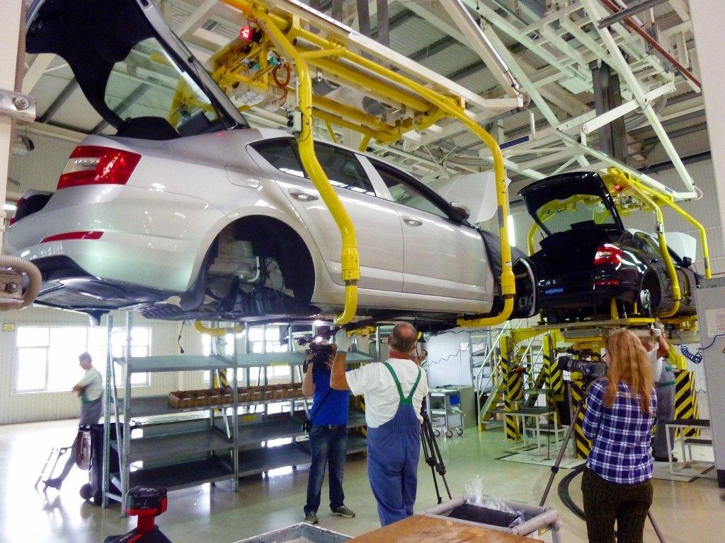 Производство авто  вгосударстве Украина  задесять лет упало в90 раз