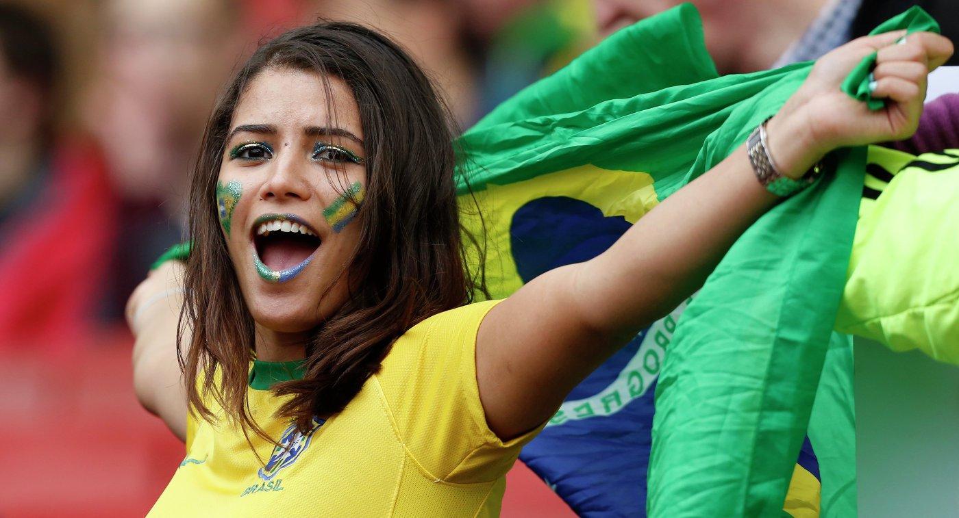 Сборная Бразилии пофутболу улетела изСочи вРостов