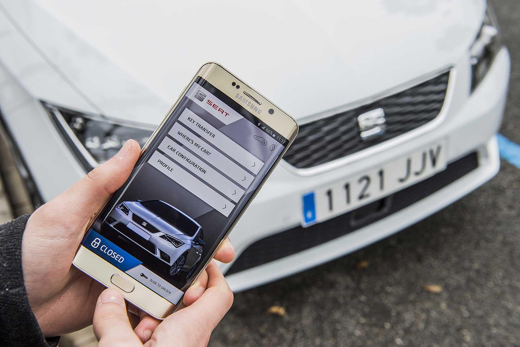 Смартфон вместо ключей. Утверждён стандарт «цифрового ключа» для авто
