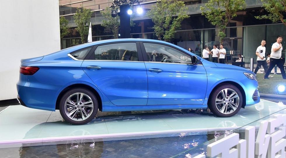 Geely представила новый купеобразный седанSL