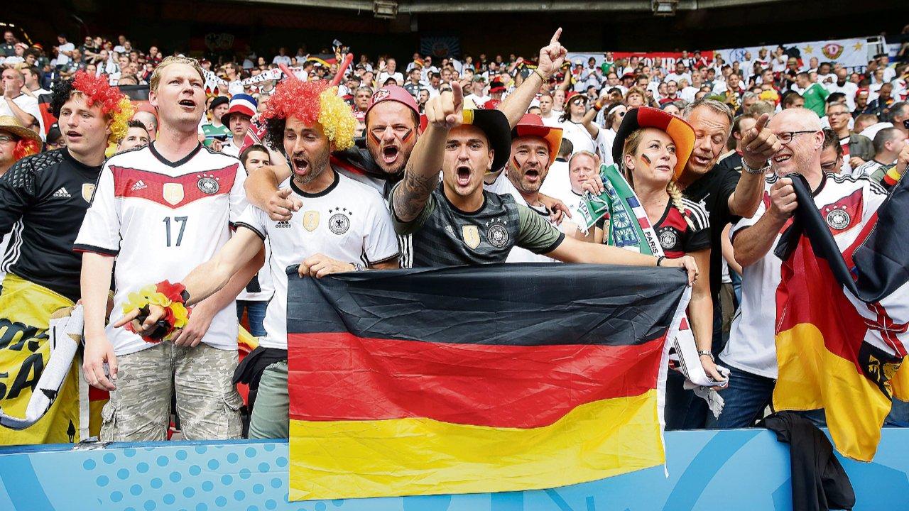 Немецкие футбольные фанаты