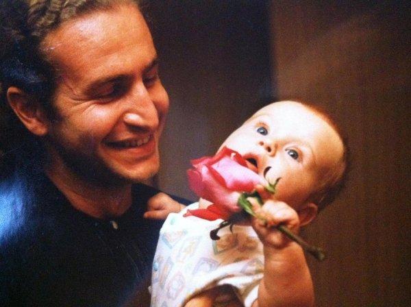 Леонид Агутин умилил поклонников архивными фото дочерей