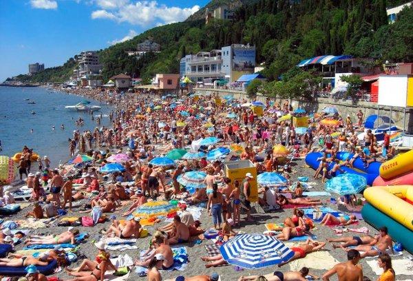 В Крыму с начала года отдохнули более миллиона туристов