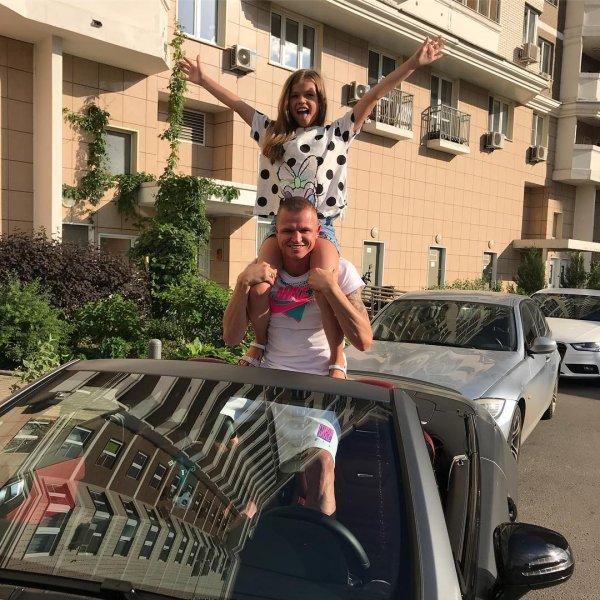 Дмитрий Тарасов поздравил принцессу-дочку с днем рождения