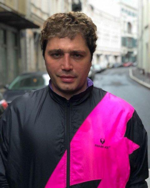 «Как бультерьер»: Экс-участник «Дом-2» Рустам Солнцев раскритиковал  внешность Пугачевой