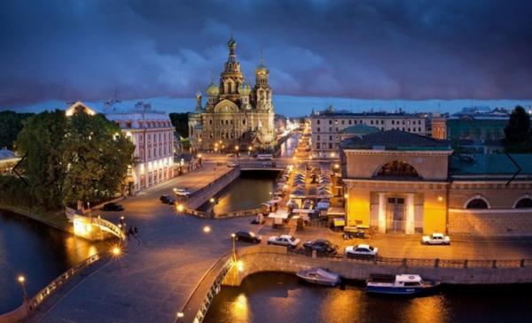 Выбирайте самые интересные из сотен экскурсий и круизов по Санкт-Петербургу