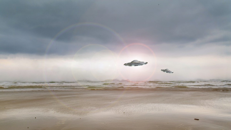 В Зоне 51 сняли на видео три ярких НЛО