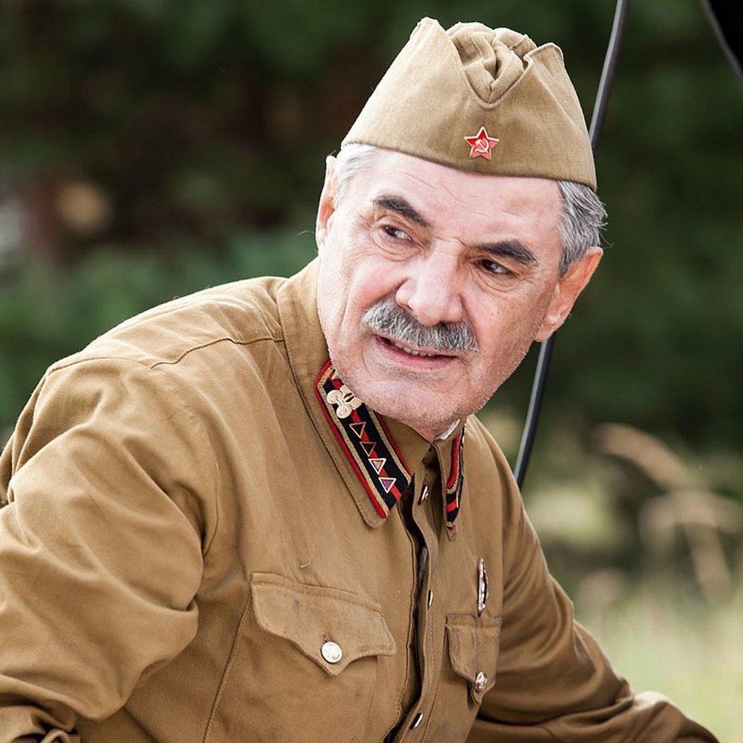 Артист Панкратов-Черный получил серьезные переломы насъемках