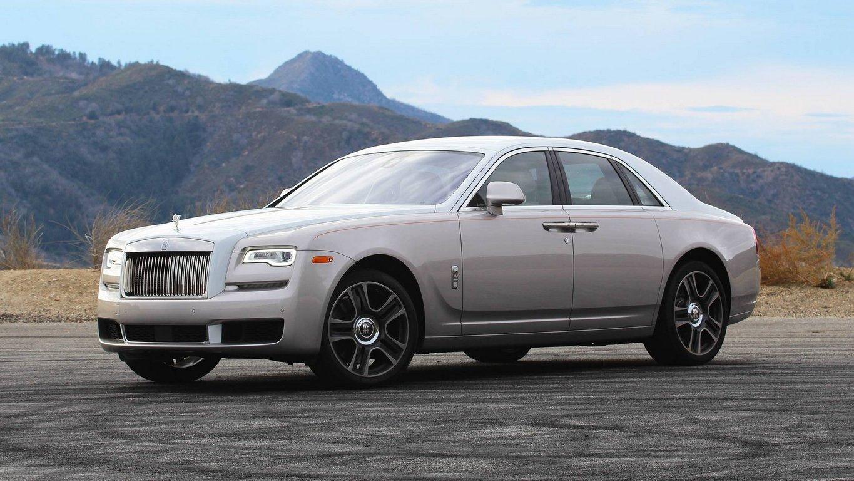 Минпромторг обновил список авто, попадающий под налог нароскошь
