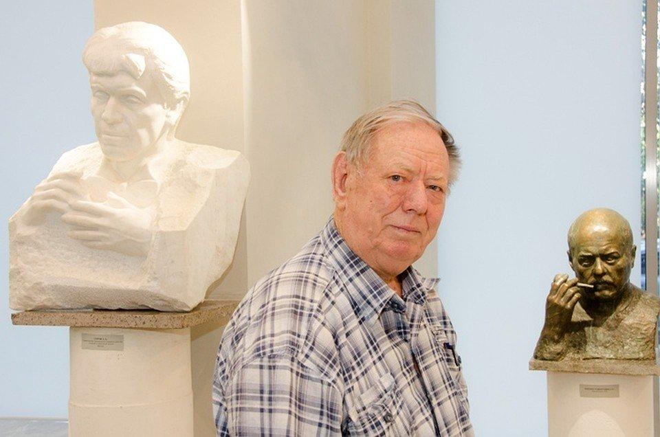 ВВолгограде скончался известный скульптор Виктор Фетисов