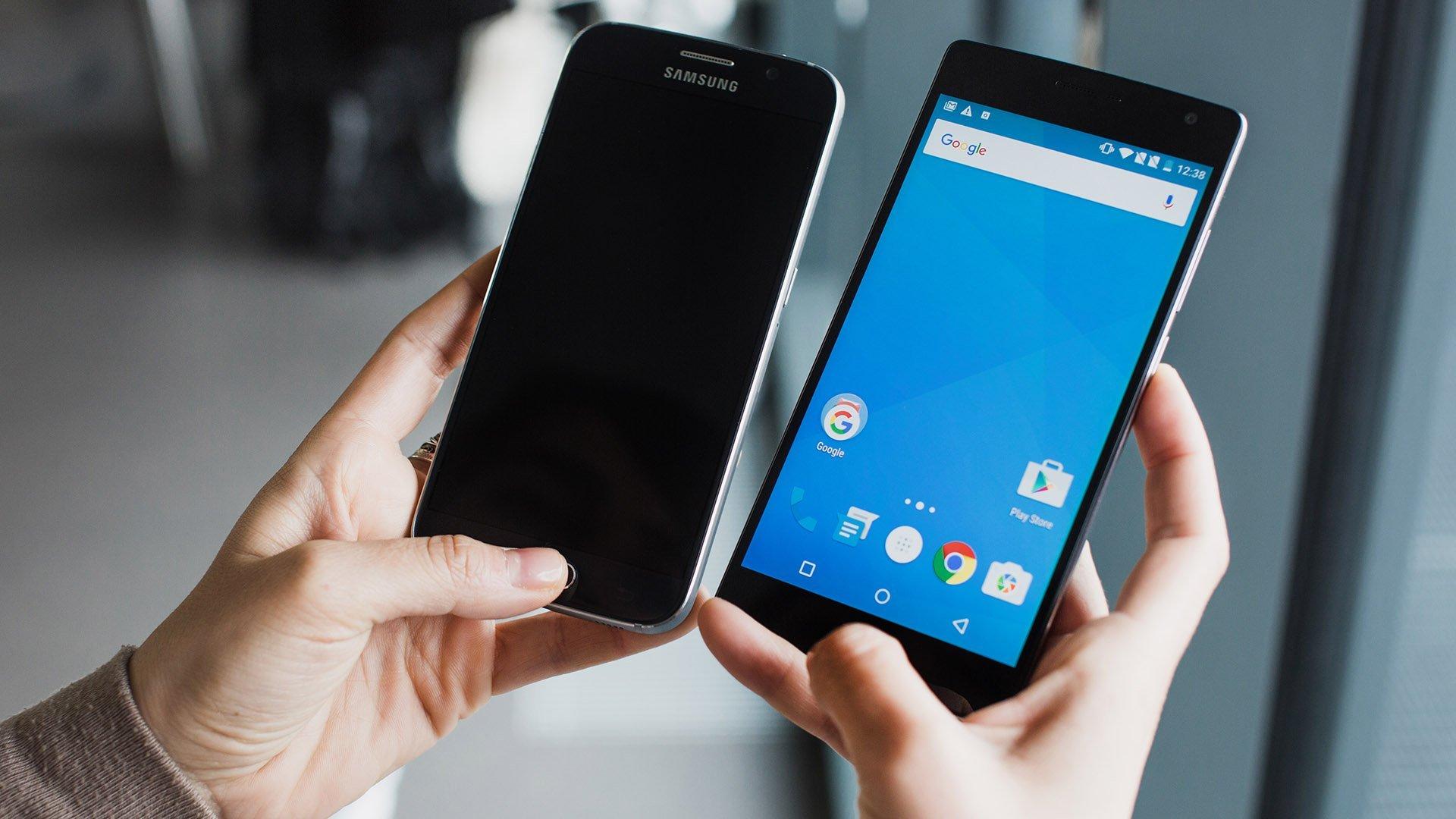 Названы самые бесполезные функции актуальных насегодняшний день  телефонов