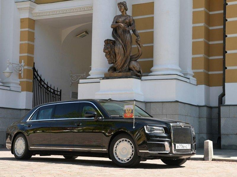 Лимузин проекта «Кортеж» Владимира Путина назвали «политическим оружием»