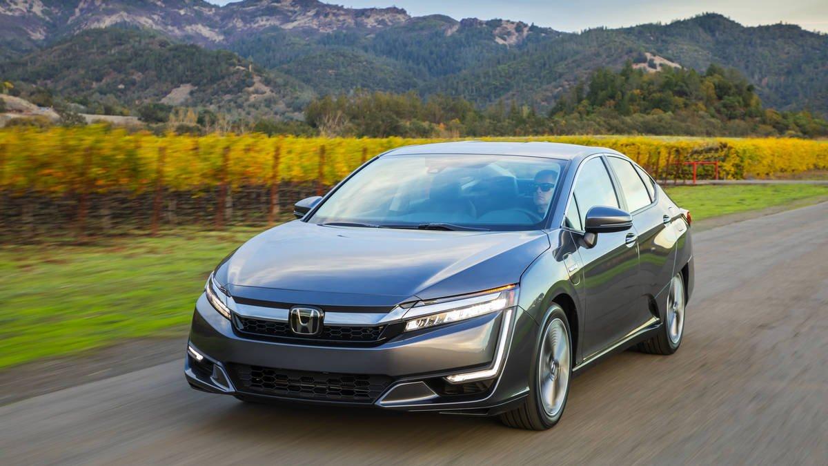 К 2030г. Хонда электрифицирует две трети реализуемых авто