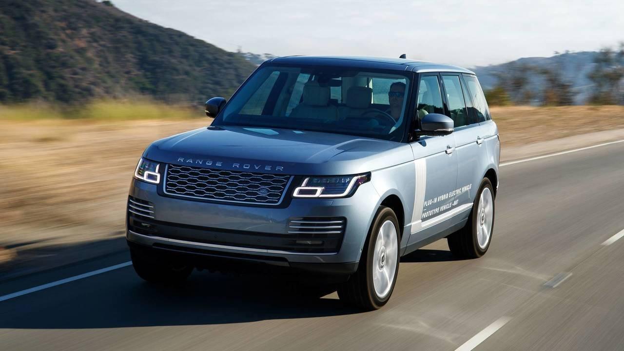 Внедорожник Range Rover 2019 модельного года доедет до России к августу