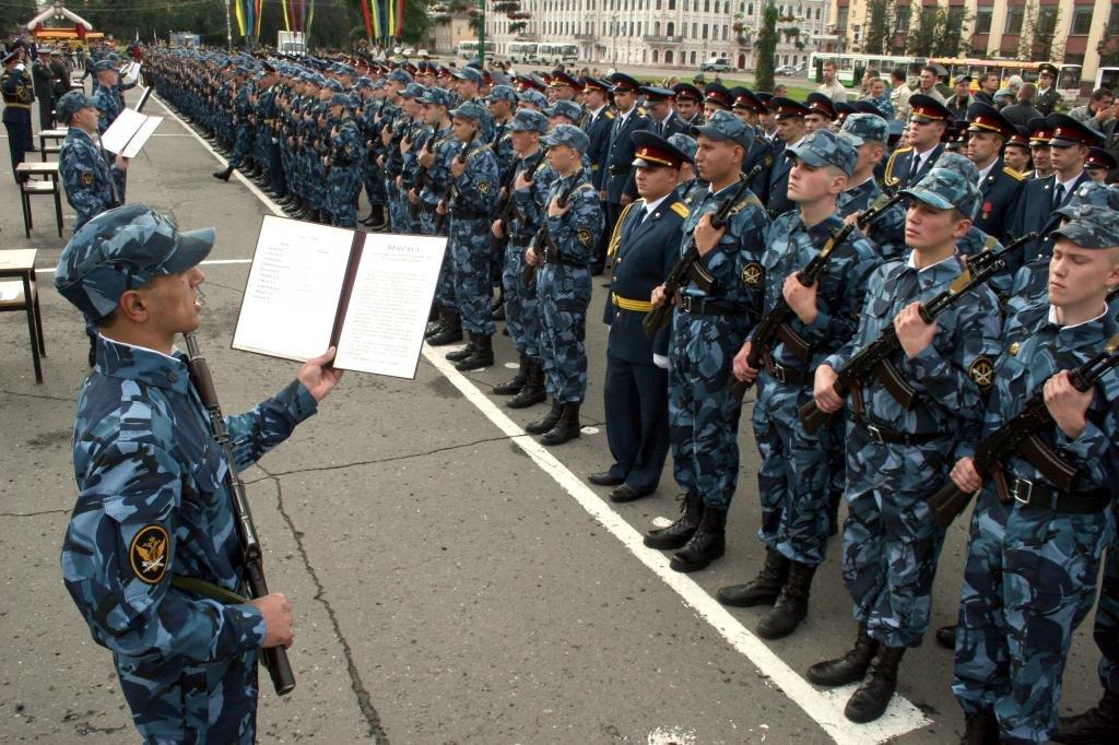 ФСИН ввоспитательных целях организует общие собрания, где будут хвалить наилучших служащих