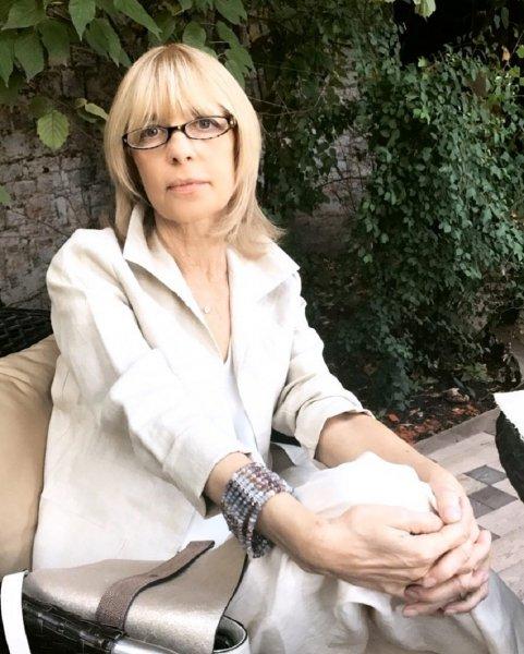 Призрак Веры Глаголевой уничтожил роскошный особняк актрисы