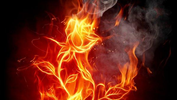 Разозленный житель Красноярского края чуть не сжег сожительницу заживо
