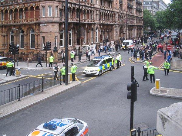 Британская полиция составила фоторобот подозреваемой по делу Скрипалей