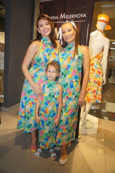 Борис Грачевский подарил молодой жене и дочери одинаковые платья от MELdress