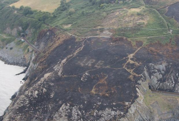 ВИрландии впожаре обнаружили монумент времен 2-ой мировой