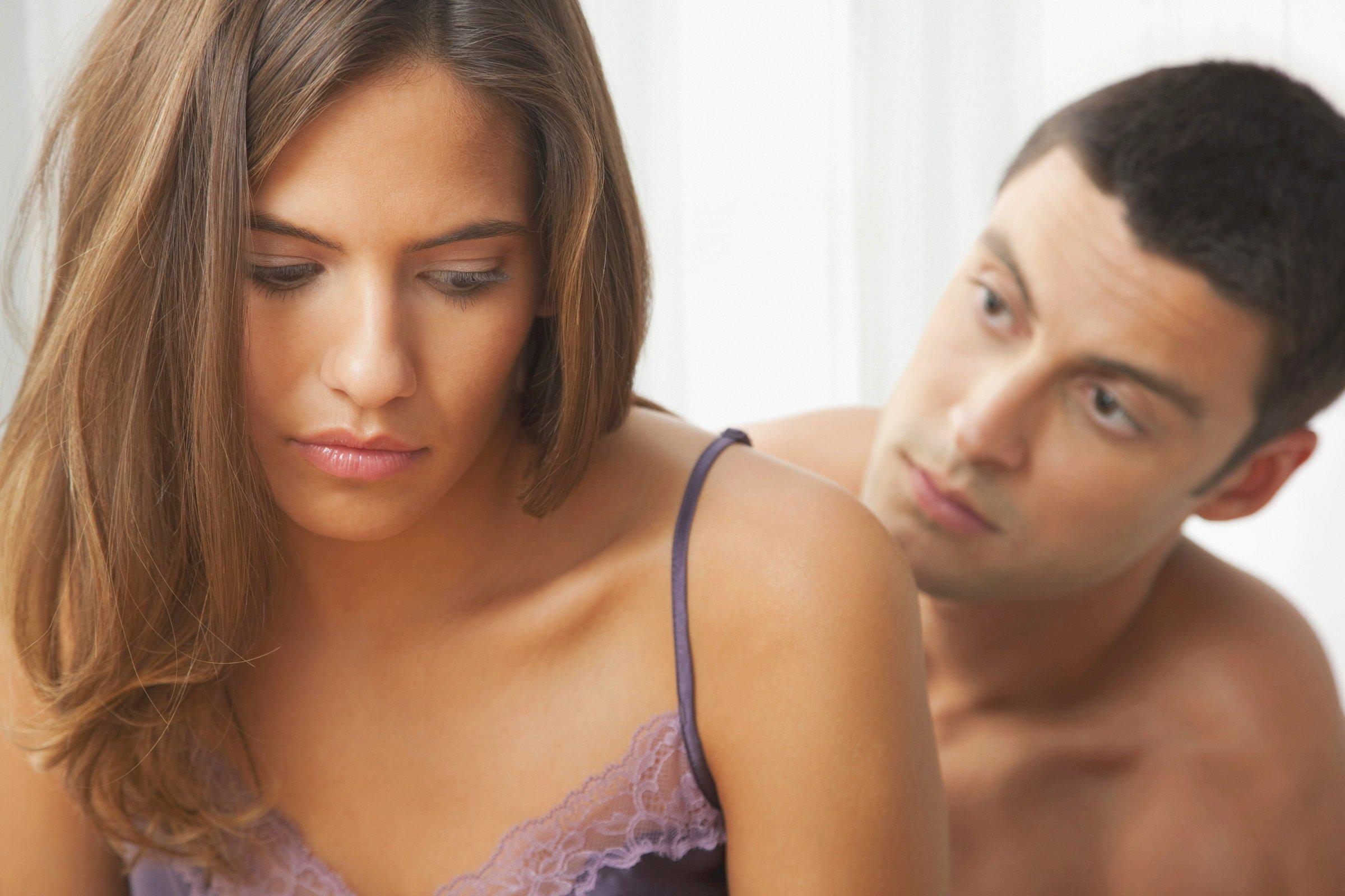 Мужчине больно во время секса