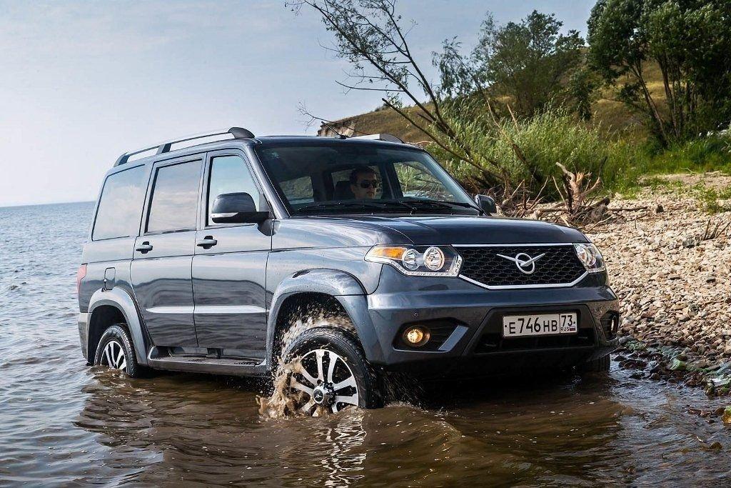 Модели УАЗ «Патриот» и«Хантер» начали выпускать вКазахстане