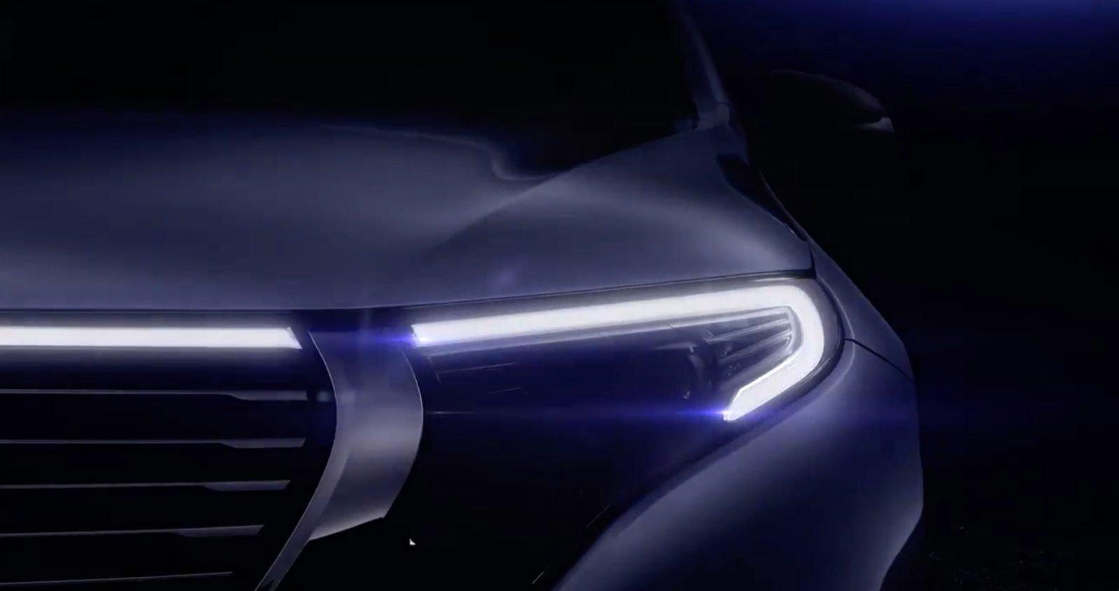 Daimler анонсировал выход электрокросса Мерседес-Бенс EQC