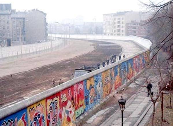 ВГермании восстановят фрагмент Берлинской стены