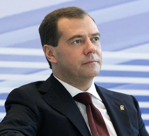 Медведев назвал пенсионную реформу горькой пилюлей