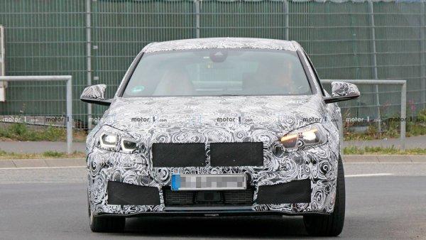 """На Нюрбургринге заметили новый """"заряженный"""" хэтчбек BMW M140i"""