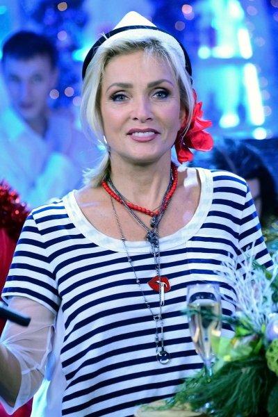 С таким языком нужно знать, чем заниматься: Пугачева публично заткнула рот Вайкуле