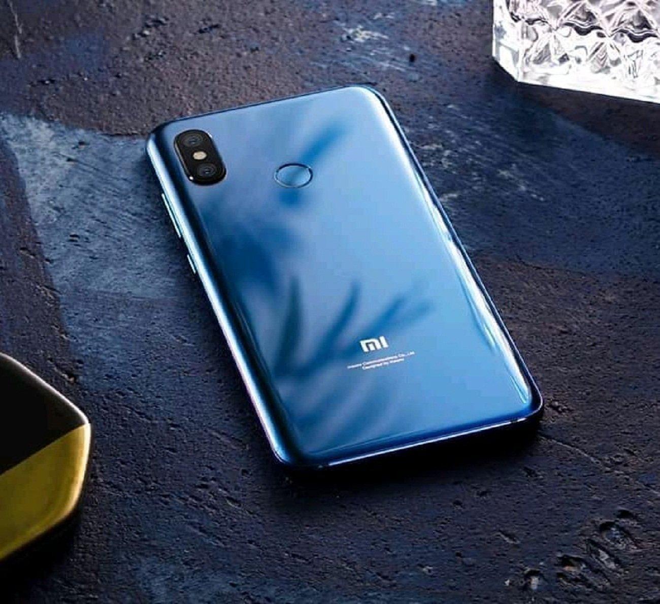 Xiaomi Mi 8 Youth (Mi 8c? Mi 8X? Mi 8i?) замечен в TENAA